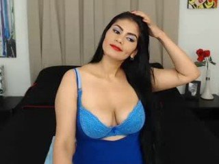 gracejohnson cam babe likes squirting after getting pleasure from masturbation
