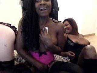 adhenalipstick french cam babe enjoying live sex show with ohmibod