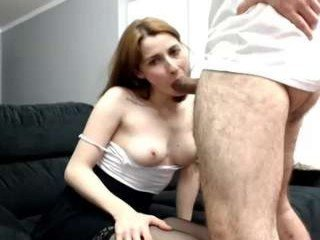 sweettrixie blonde white cam babe wants her pussy stretched