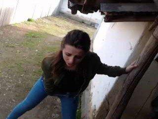 shakirababy cam girl used ohmibod outdoors on camera