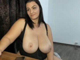 hot_bounce_boobs naked cam girl smokes pole on camera for her boyfriend