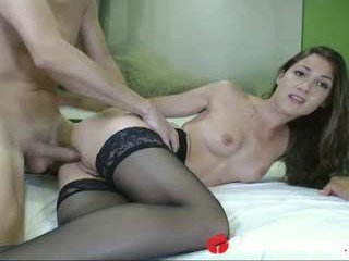 mysweetapple live sex session with slim european cam girl getting her pussy ruined online