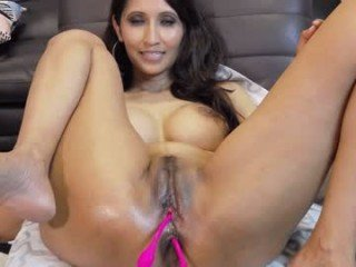 classdeb after hot anal live sex cam babe massage their wide ass hole