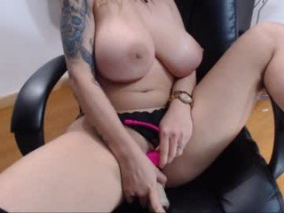 yesik69 after hot anal live sex cam babe massage their wide ass hole