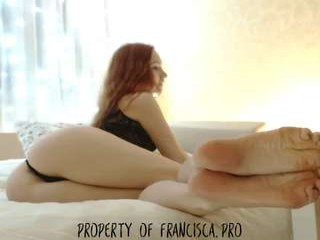 frankicavalli cam babe gets her ass stuffed with huge dildo