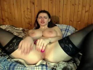 harmonicdiv brunette cam girl didn't forget about any live sex toy